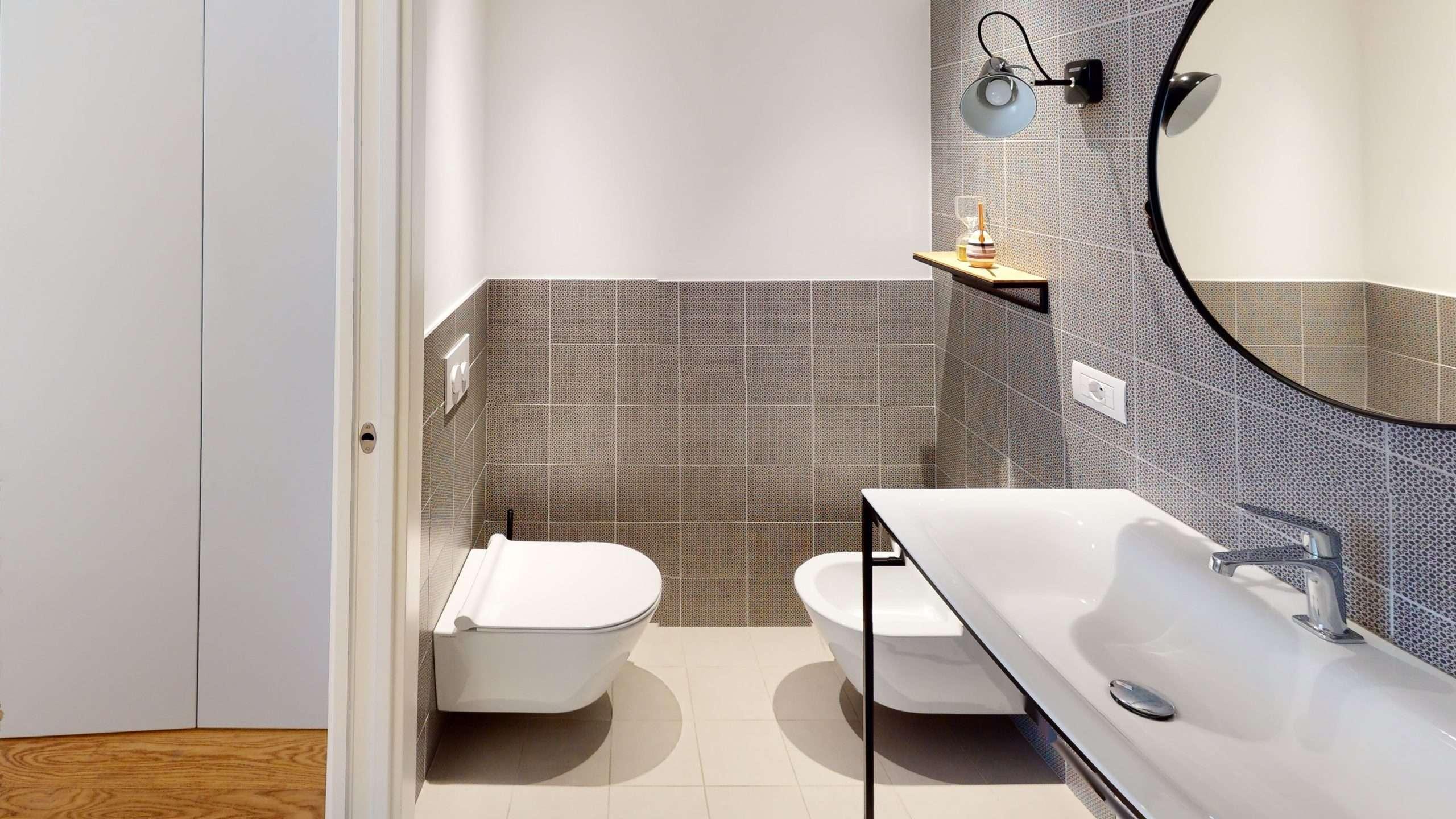 Via-Viotti-13-Bathroom(1a)